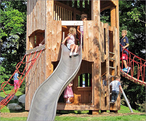 Spielhaus mit Rutsche für Kleinkinder